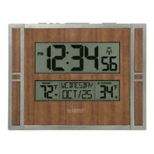 BBB86088 La Crosse Technology Atomic Digital Wall Clock with IN/OUT Temp TX141V2