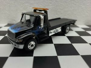 New International Workstar Rollback Truck 1/64 Truck dcp Greenlight Tow junkyard