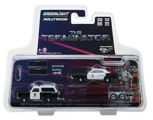 1:64 GreenLight *HITCH & TOW* TERMINATOR Dodge Ramcharger Monaco & Trailer *NIP*