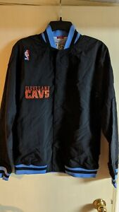100% Authentic Cavalier Mitchell & Ness Warm Up Jacket Size 36 small Mens