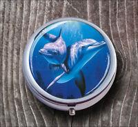 SEA LIFE DOLPHINS FAMILY  #2 PILL BOX ROUND METAL -dcv6Z