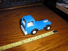 """Nice 1/43 ? 3 1/2"""" TootsieToy Cabover Series Semi Tractor Blue"""