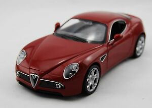 WELLY ALFA ROMEO 8C COMPETIZIONE RED 1:24 DIE CAST METAL MODEL NEW 18cm LONG