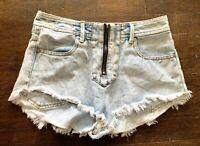 Kendall & Kylie K&K High Rise Jeans Shorts Light Blue Acid Washed Sz 5