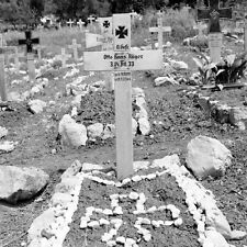 WW2 Photo WWII  German Soldiers Grave  Italy 1944 World War Two  / 4135