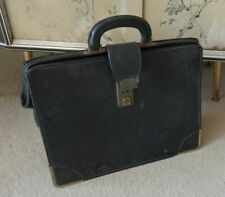 Vintage Gladstone Bag Doctors Bag Suitcase Travel Bag Briefcase Holdall