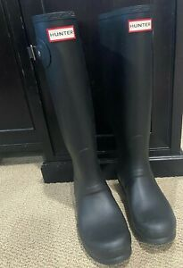 NEW Hunter Rain Boots Women's Wellington TALL Waterproof, Matte BLACK SIZE 9