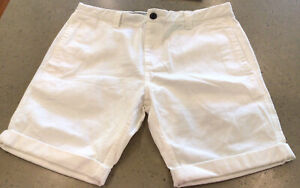 Academy Outfitters Tapered Shorts Cuffed White Cotton Chinos Men's Size 34 NEW