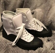 a983fd3524cf Mens Converse Climate Boots Size 9 New In Box White And Black