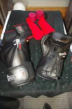 Hayabusa Ikusa Boxing Training MMA Gloves 10oz with Extras