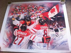 2010 Olympic Gold Medal Canadain Men's Hockey Team autographed Canvas PROOF 20
