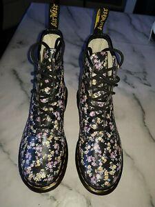 Dr Marten Floral Boots Size 5 Excellent