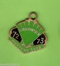 #D69. 1972-1973  SHELLHARBOUR  WORKERS  CLUB  MEMBER  BADGE #4912