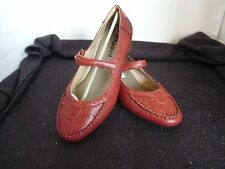 ARKOO SUDINI SMALL HEEL LEATHER RED LADIES SHOES SIZE 8