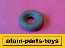 DINKY Toys GB 23f ALFA ROMEO 1 PNEUMATICO Grigio Banda ROUND 20x8 uno pneumatico di ricambio
