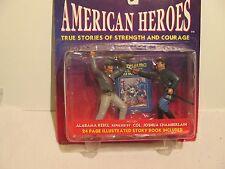 New Ventures American Heroes Civil War Rebel vs Yankie Col   Book Action Figure