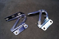 Cardine Cofano Cerniere Cofano Motore Mercedes W251 W164 A2518800128/L3