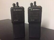 Motorola Mt 2000 Two Way Vhf Radios Mt2000 Withbattery