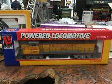 Life-Like 8075 GP38 High-Nose UP Locomotive - DC - Nos