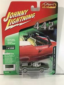 1972 Olds Cutlass 442 Convertible Sequoia Green Poly 1:64 J Lightning JLCG015B
