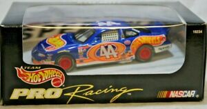 Hot Wheels Pro Racing Series NASCAR 1:43 Kyle Petty #44 1997