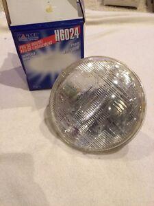 Headlight Bulb-Halogen Sealed Beam - Boxed Wagner Lighting H6024