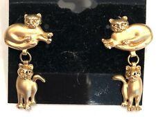 CREATIVE-SOLID14K  YELLOW GOLD MUTED/DIAMOND CUT FINISH WHIMSICAL CAT EARRINGS