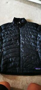 Patagonia Womans Ladies  Size l Puff Coat Primaloft small hole