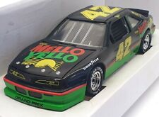Revell 1/24 8688 - Pontiac Days of Thunder Tom Cruise #42 Mello Yello - Black