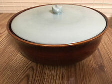 RED WING POTTERY VILLAGE GREEN 4 QT. ROUND CASSEROLE DISH W/LID - VERY NICE!