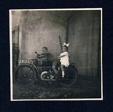 MOTORRAD Oldtimer MOTORBIKE mit Kindern * Vintage 1920s Photo