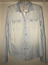 NWT Levi's Womens Shirt Large Denim White Pearl Snaps Long Sleeve Blouse Western