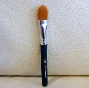 i.d. bare Minerals Maximum Coverage Concealer Brush, Brand NEW!