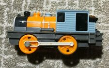 Thomas Train Engine TOMY Trackmaster Motorized Dash B V9034 + CARGO CAR