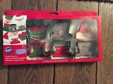 BNIB New Wilton Christmas Cookie Cutter Set - 7 Metal Pieces - Hat Boots Crown