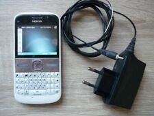 Téléphone NOKIA E5-00 - accessoires  – fonctionne