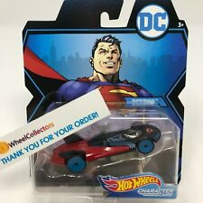 Superman * 2019 Hot Wheels DC Comics Character Cars Case K