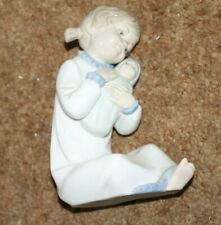 Nao figurine #00566 Brillo Nina Arrulando Girl with Doll