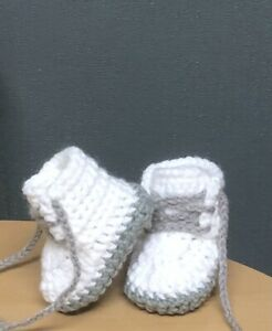 HANDMADE CROCHET BABY FIRST SHOES WOOL CASUAL SHOES BOOTS SLIPPERS AND HAT