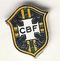 BRAZIL INTERNATIONAL FOOTBALL OFFICIAL ENAMEL BADGE