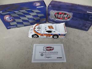 Tony Stewart #98 1998 Late Model 1:24 Scale World of Outlaws Lucas Oil Diecast