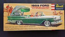 "V. Rare REVELL ""S"" CEMENTO 1959 Ford Fairlane 500 SKYLINER ORIGINALE-COMPLETO VNC"