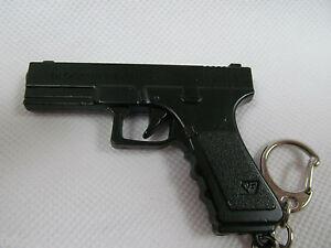 COLLECTABLE SOLID METAL GLOCK REPLICA PISTOL GUN KEYRING KEY CHAIN UK SELLER