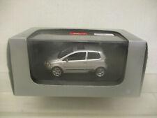 mes-64696Schuco 1:43 VW Fox silber sehr guter Zustand,mit Originalverpackung,