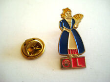 PINS LOGO L LUXEMBOURG SOCIETE SHELL