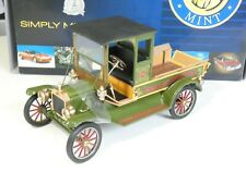 Franklin Mint Ford Model T 2008 Christmas Truck 1:16 Scale Limited Edition w/Box
