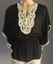 NWT Black & White Lace Trim SISCO Batwing Sleeve Peasant Style Top Size 8