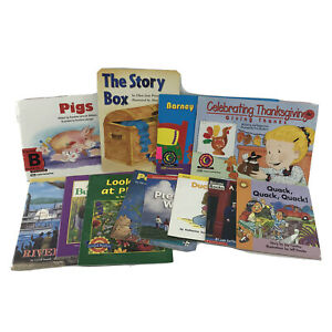 Phonics Learning to Read Bundle of Booklets - Lot of 12 Paperbacks -s