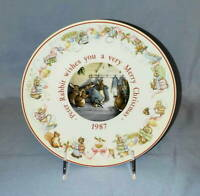 """Wedgwood Beatrix Potter MERRY CHRISTMAS from Peter Rabbit 8"""" PLATE 1987"""