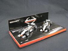Minichamps McLaren Mercedes MP4/13 / McLaren Mercedes MP4/14 1:43 Hakkinen